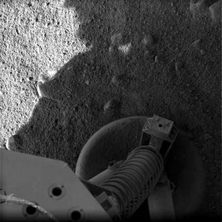"""Marte - uno dei """"piedi"""" della sonda Phoenix"""