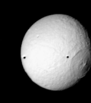 TETI e il cratere Odysseus in evidenza