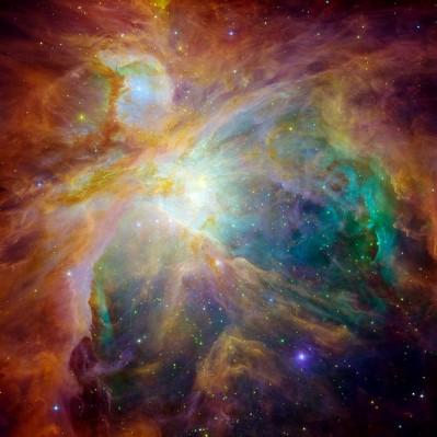 M42 fotografata combinata di HUBBLE e SPITZER dello stesso oggetto
