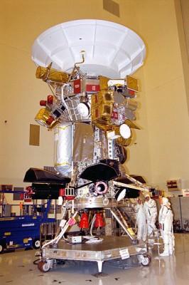 La sonda Cassini Huygens in fase di costruzione