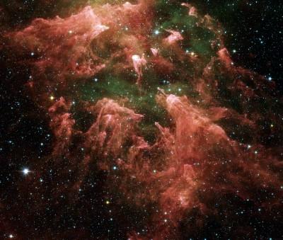 Eta Carinae ripresa dal Telescopio Spaziale SPITZER