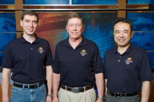 Sayuz EXP 28 - da sinistra: Sergey Volkov (CMD), Michael E. Fossum (FE1), Satoshi Furukawa (FE2) - Copyright degli aventi diritto