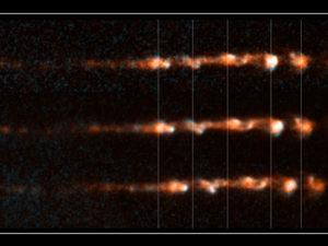 Progressione nel tempo del getto dell'oggetto HH 34 - Credits: NASA/ESA