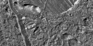 La luna Europa: nel dettaglio il Connamara Chasma - Credits: NASA