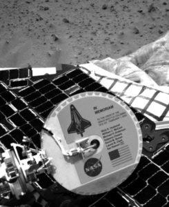 Commemorazione su Marte dell'equipaggio dello Space Shuttle Columbia - Credits: NASA