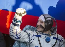 Luca Parmitano dopo l'atterraggio - Credits: NASA/ESA