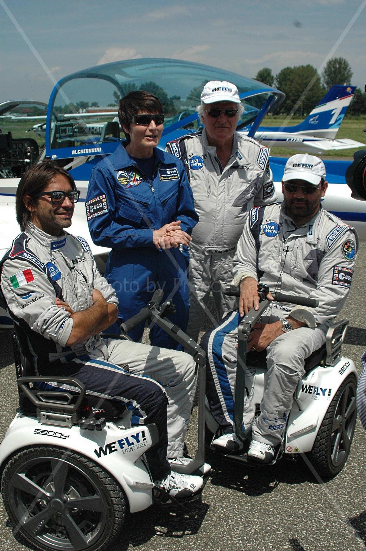 WeFly! Team - da sinistra verso destra Marco Cherubini, samantha Cristoforetti,  Erich Kustatscher e Alessandro Paleri