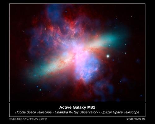 M82 in immagini sovrapposte: ottico, X e infrarosso