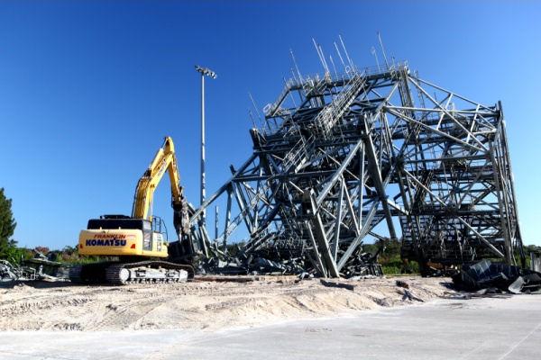 Dispositivo MDD durante la demolizione - Credits: NASA